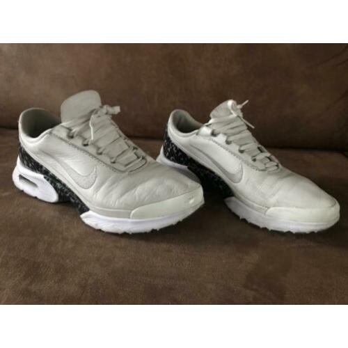 Nike Air Max Jewell LX Leather - Maat 38,5
